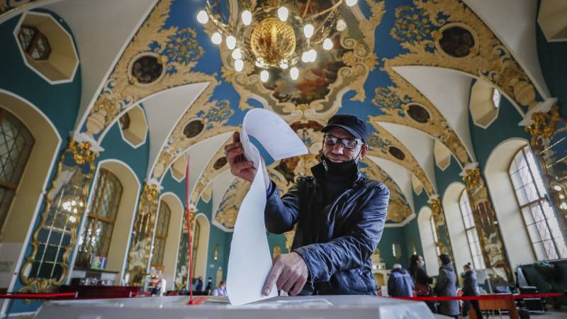 Numerous reports of fraud in the Russian parliamentary elections