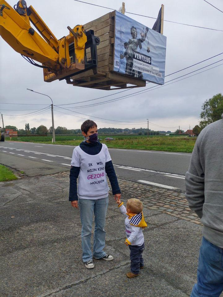 Protesting the planned high voltage line during the Benelux tour