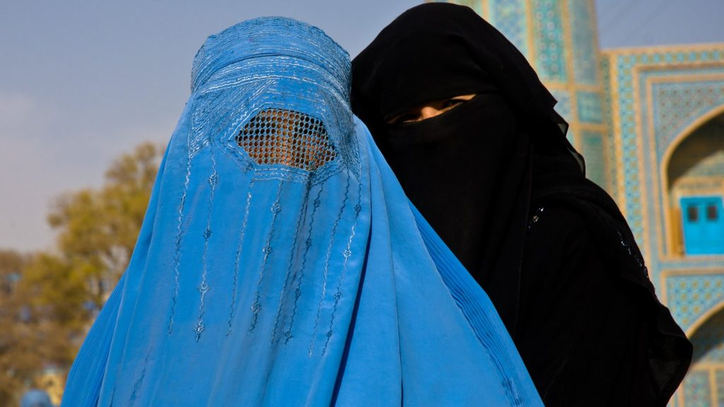 Taliban forces Afghan students to wear niqab