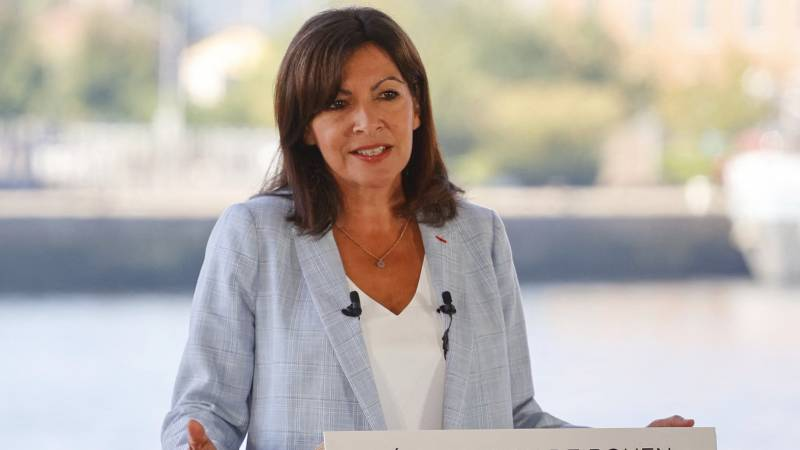 The mayor of Paris is a candidate for the French presidential elections