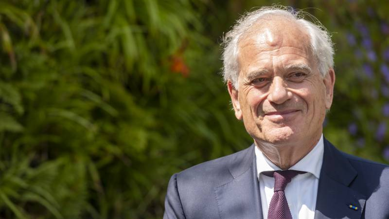 ABN Amro chairman gives up investment after uproar