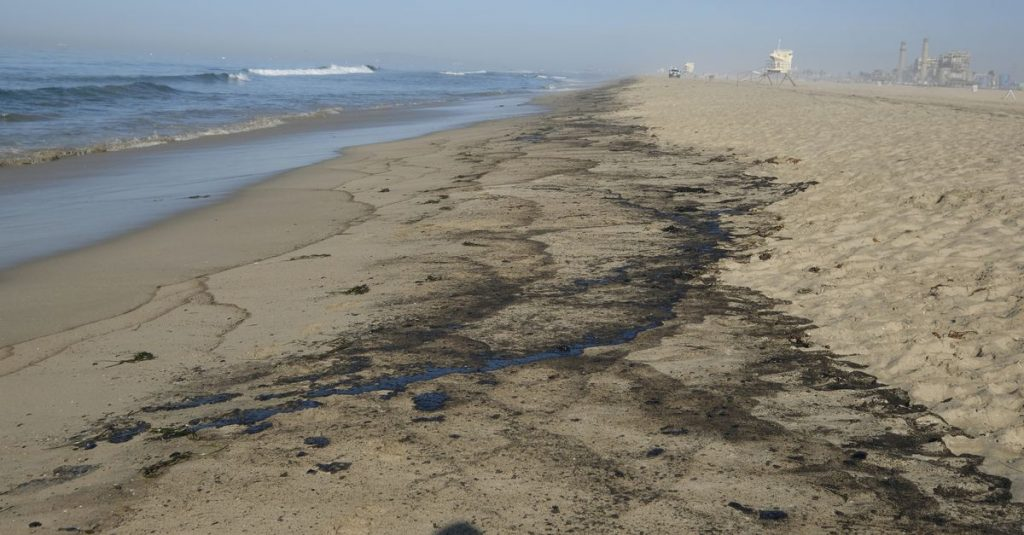 Hundreds of thousands of gallons of oil spilled into California's coastal waters